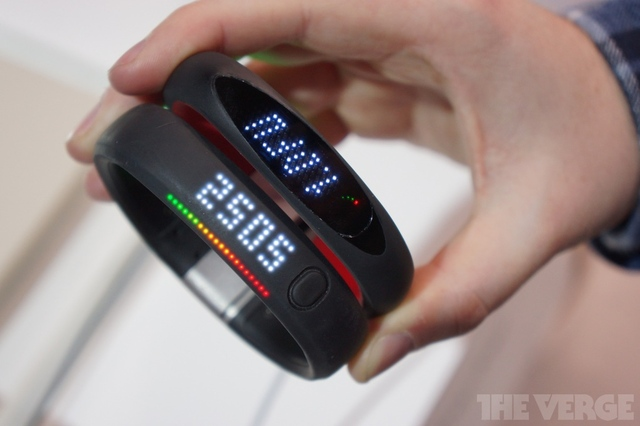 Android CES 2013 LG smart activity tracker