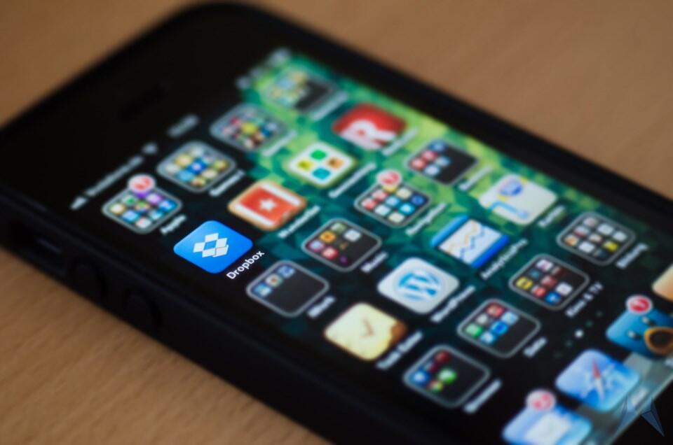 Apple cloud dropbox iOS Update