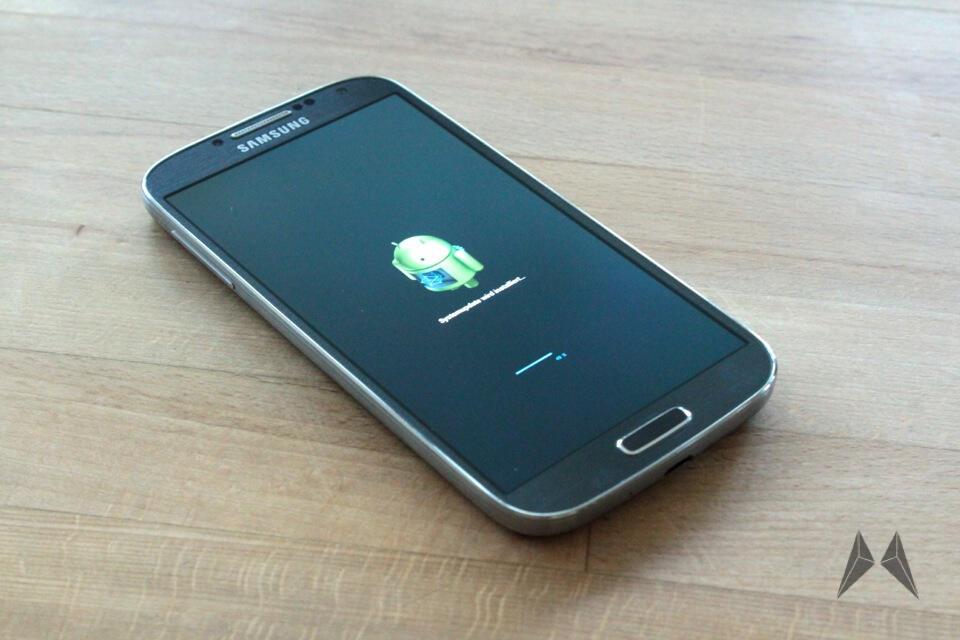 Android ota s4 Samsung Update Vodafone