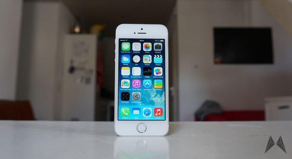Apple dropbox facebook iOS iPad iphone social YouTube