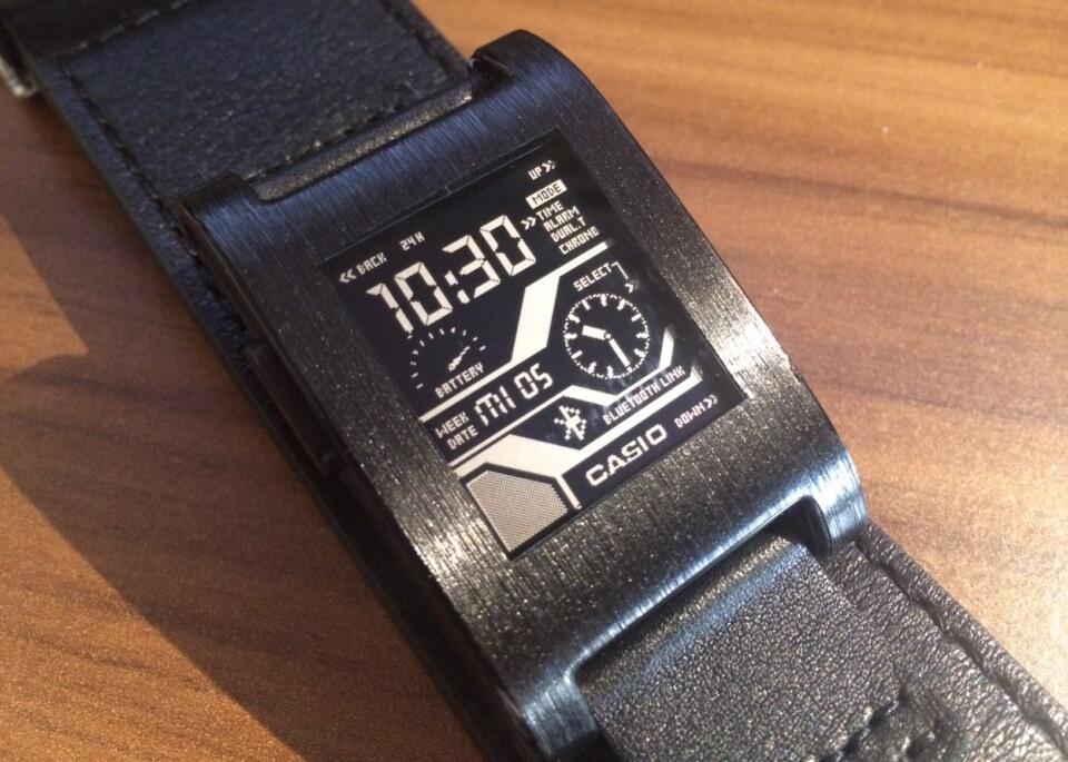 Apps link Pebble smartwatch Uhr