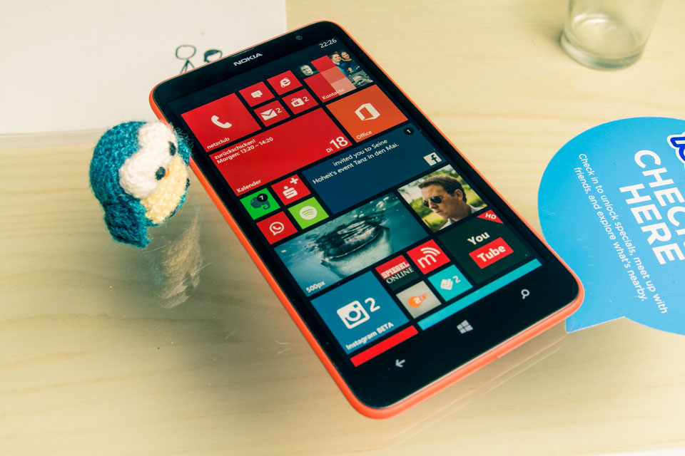 1 1320 Lumia Nokia review test Windows Phone
