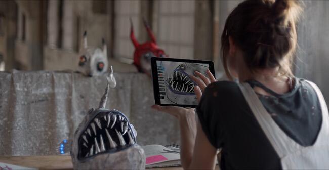 Apple Apps clip iOS iPad spot tablet