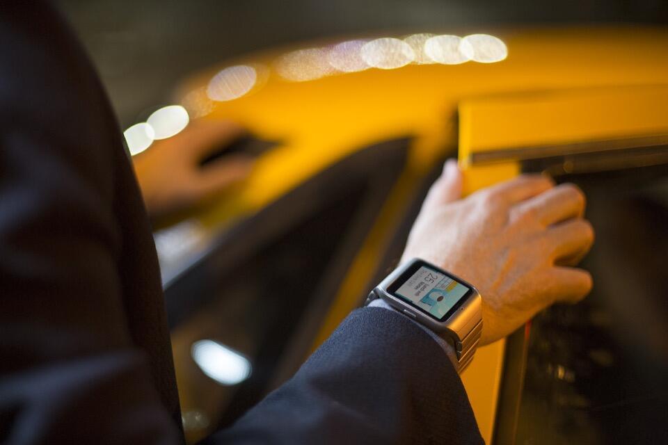 Android moto 360 Motorola smartwatch Sony Update wear