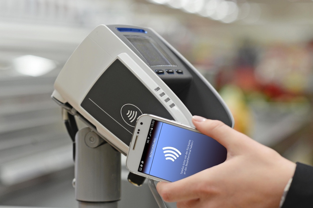 1 aldi Android iphone nfc pay Smartphone süd zahlen