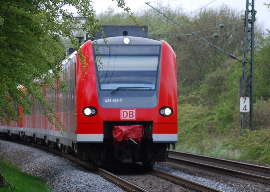 Bahn deutsche bahn Messenger social whatsapp zug