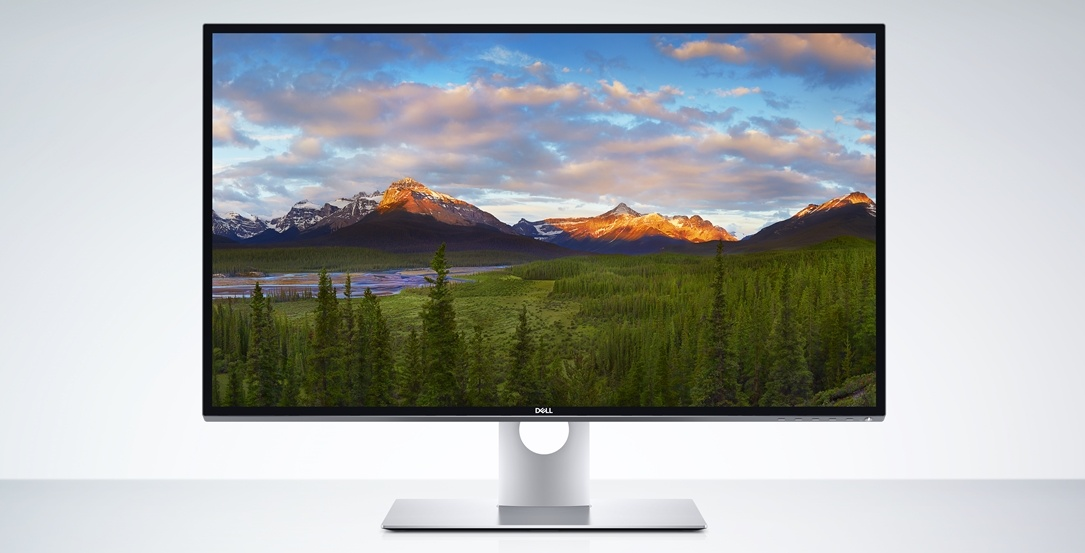 8k CES2017 Dell Dell UP3218K Monitor