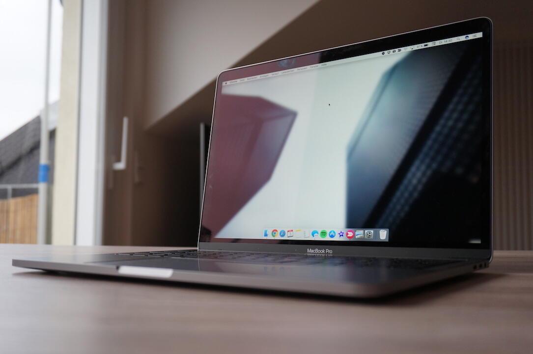Apple Apps iMac iOS iPad mac macbook macos Swift