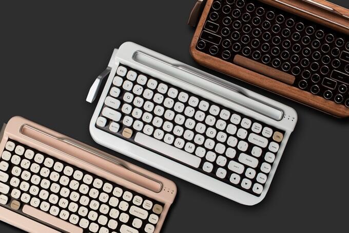 Bluetooth Cherry Crowdfunding Drahtlos Eingabegerät Elretron Indiegogo keyboard kickstarter Penna Retro Tastatur tasten vintage
