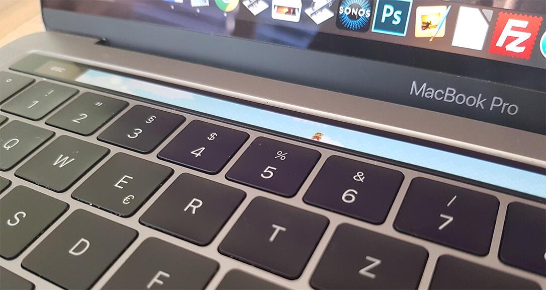 Apple macos super mario touch bar