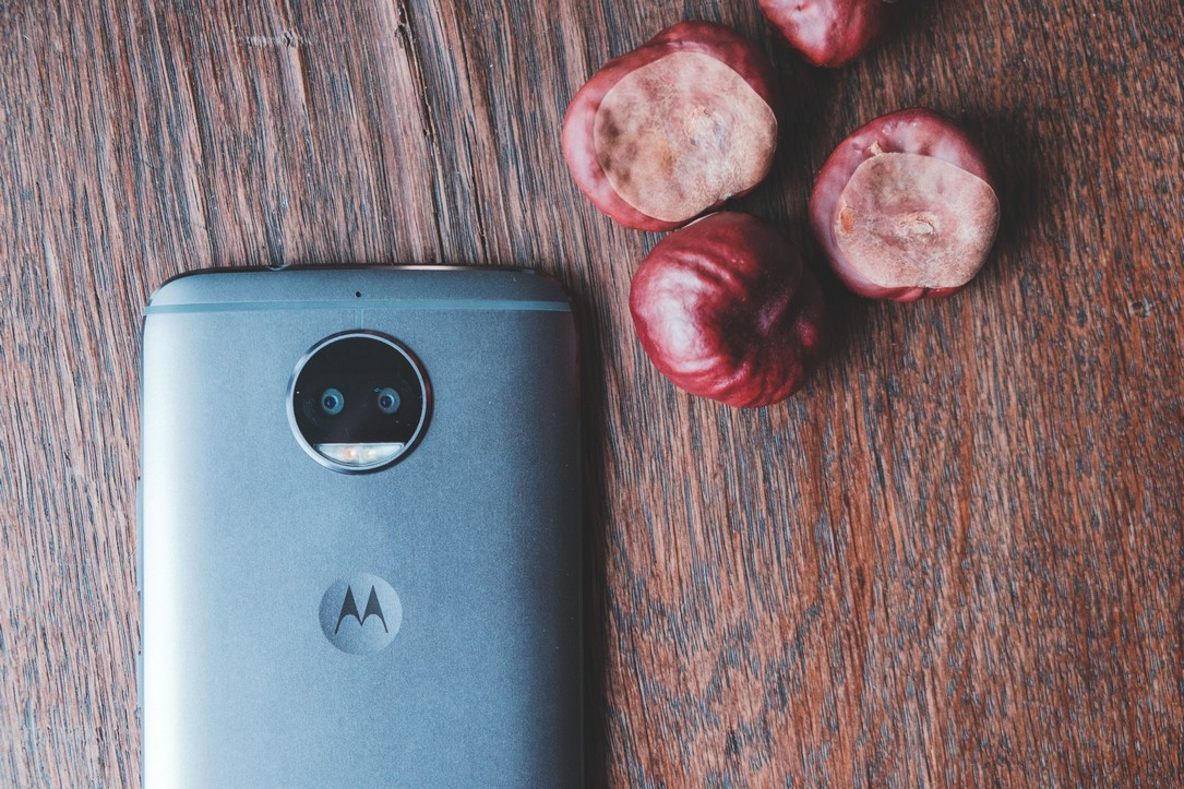 5gs aff Android deal moto Motorola plus Smartphone