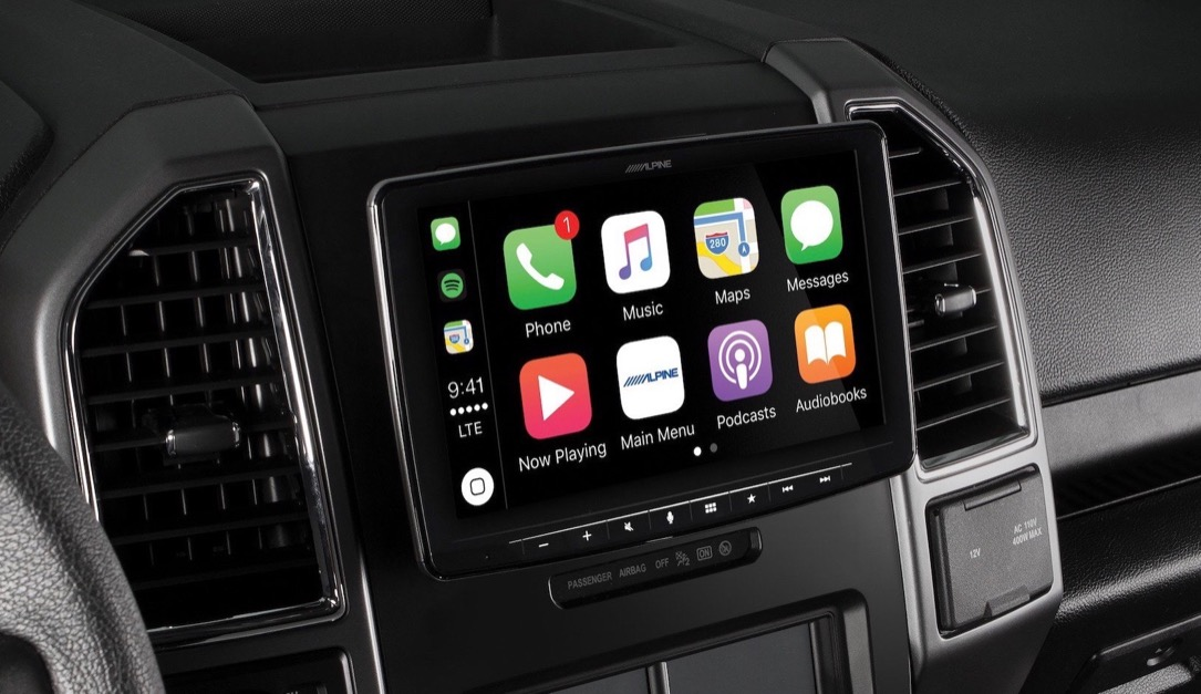alpine Android Apple auto carplay CES2018 Google iOS