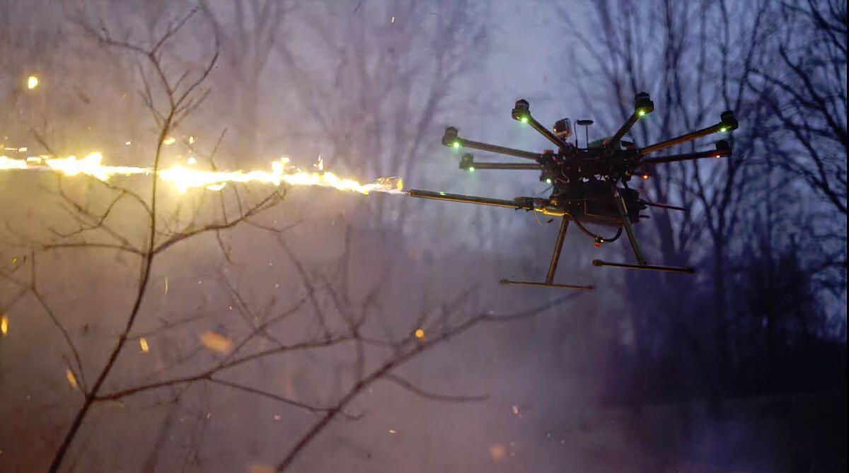 Flammenwerfer als Drohnen-Zubehör vorgestellt