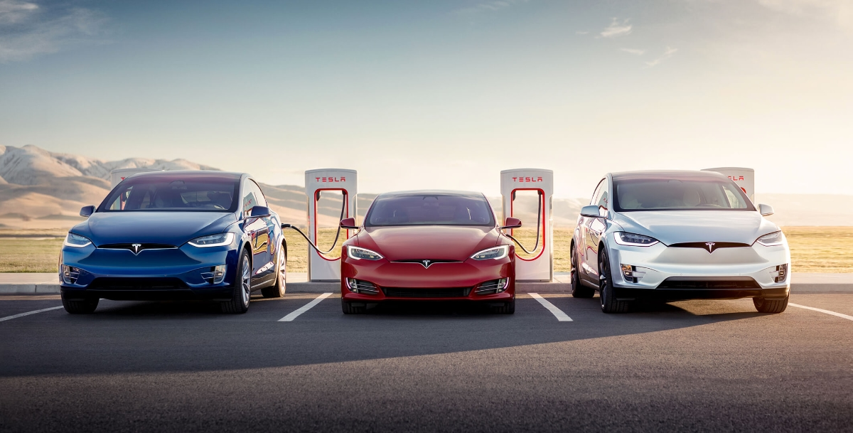 Tesla: V3 Supercharger in Las Vegas